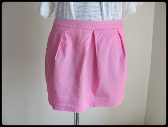 Spódnice TROLL spódnica stan idealny 40 L mini