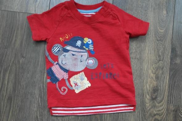 Czerwona bluzeczka z małpką 68