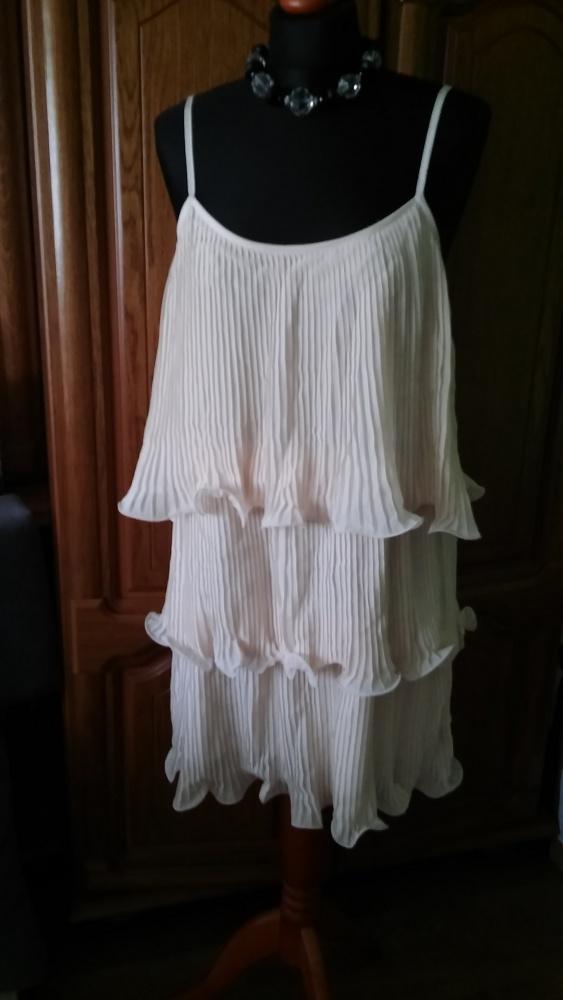 Suknia falbanki plisowane 38 H&M