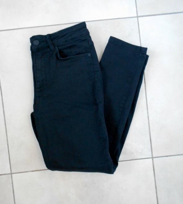 Mango Noa czarne jeansy rurki z wysokim stanem