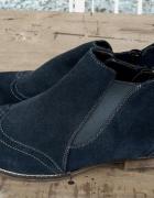 Damskie skórkowe botki sztyblety na dużą stopę