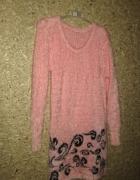 Różowy włochaty sweterek tunika sukienka 34 36...