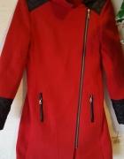 Czerwony płaszczyk Okazja