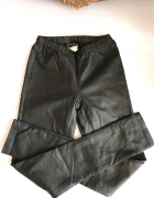 Czarne skorzane ekoskora legginsy 34 XS Vero Moda...