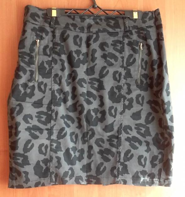 Spódnice Ołówkowa spódnica moro