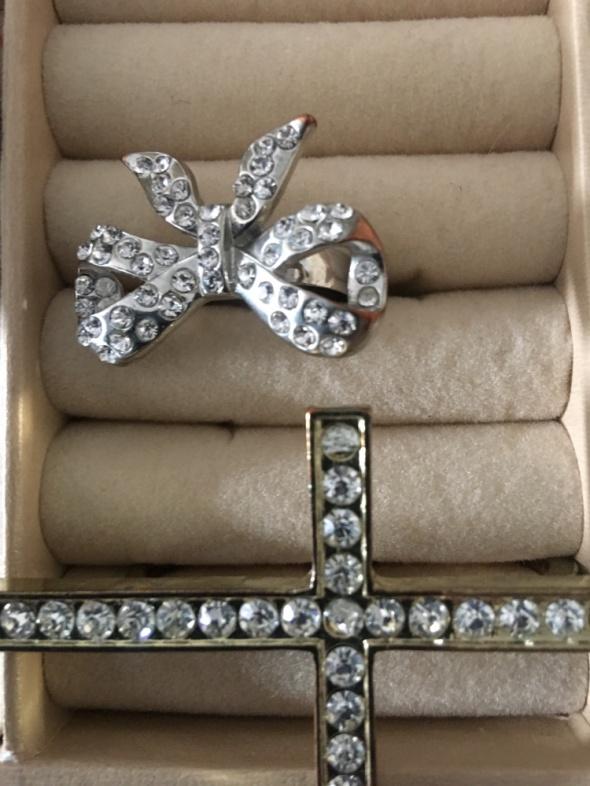 Pierścionki srebrzone złocone 13 cyrkonie