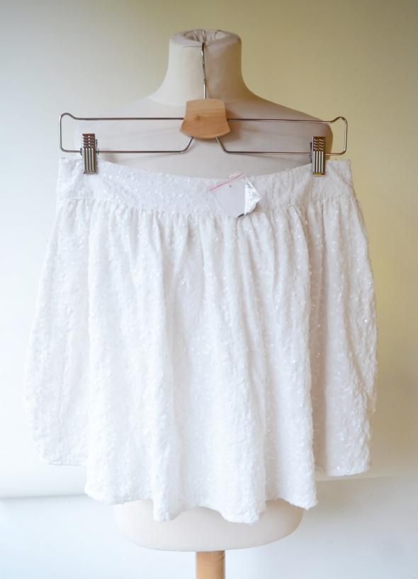 Spódnice Spódniczka Biała NOWA Cekiny S 36 Cubus Biel Spódnica