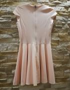 Sukienka sMoriss brzoskwiniowa rozm s