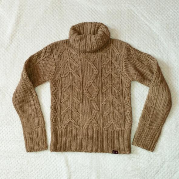 Sweter golf brązowy z warkoczami rozmiar XS S