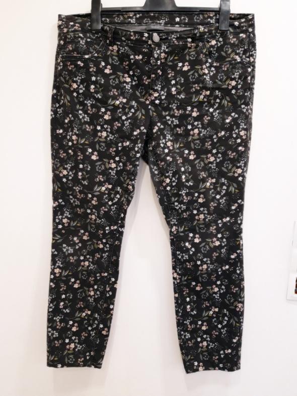 spodnie w kwiaty 48 C&A