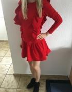 Sukienka czerwona na codzień...