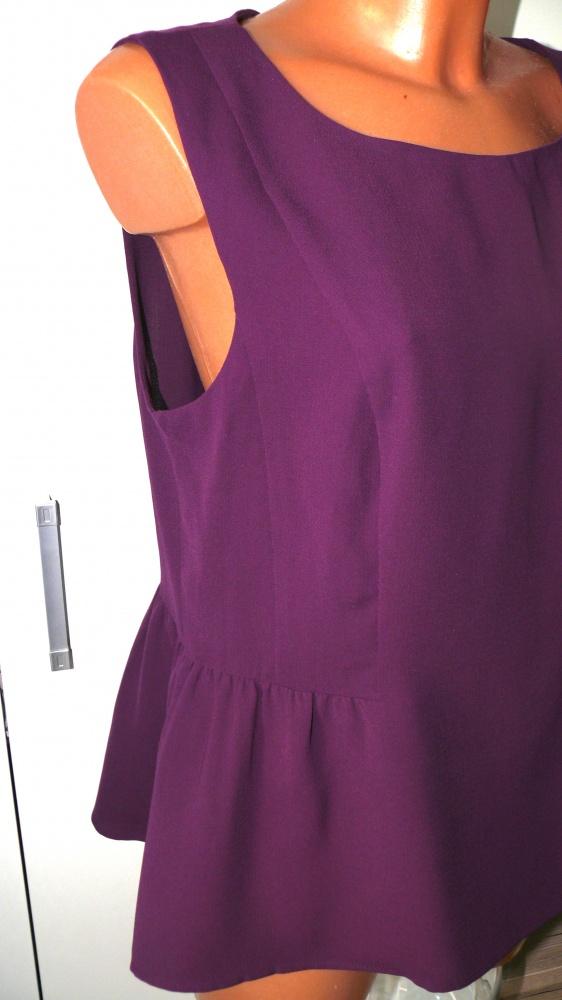 Oasis elegancka bluzeczka baskinka 4042