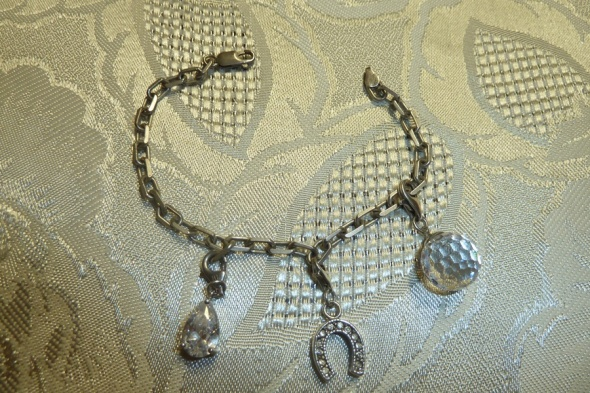 bransoletka charms kryształki