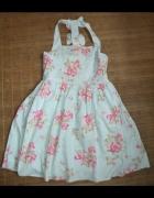 Sukienka rozkloszowana kokardki