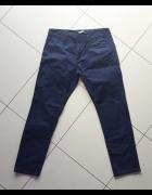 Męskie spodnie cygaretki Asos granatowe rozmiar M...
