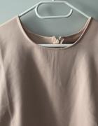 Nowa bluzka Reserved z falbankami 42...