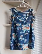 Bluzeczka w kwiatki M