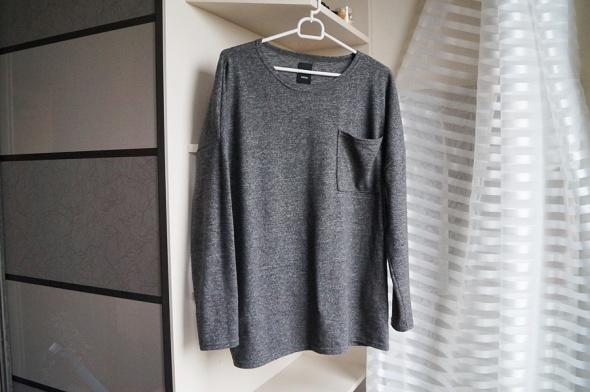 Szary sweterek oversize Sinsay