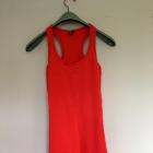 Czerwona sukienka Gina Tricot S