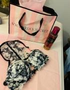 Victoria Secret Pink Push up 70B...