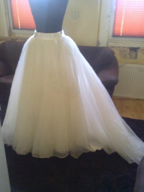 Spódnica do sukni ślubnej