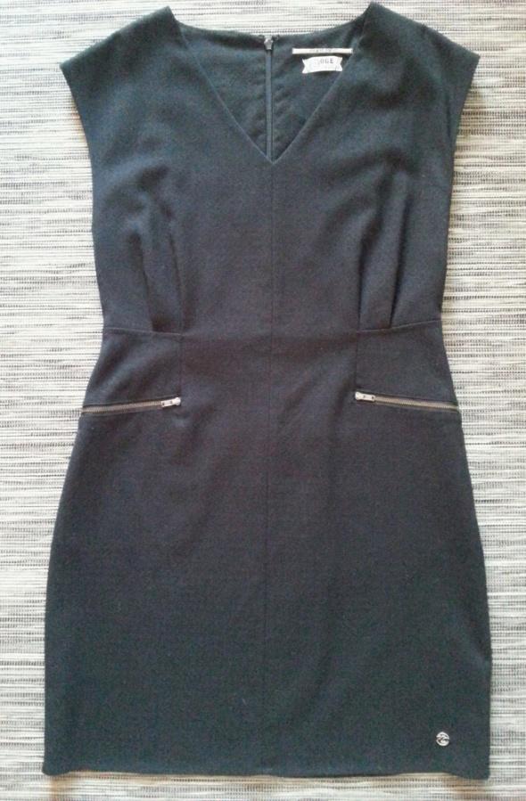 Czarna elegancka sukienka OGE One green elephantS