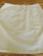Śliczna żółta spódnica z klamerką...
