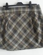 Śliczna mini spódnica w kratę H&M...