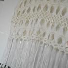 Atmosphere szydełkowy biały crop top kremowy frędzle