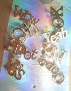 Tally Weijl zestaw kolczyków napisy złote wow yes...