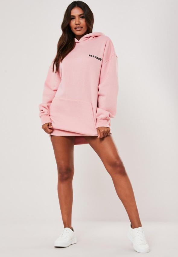 Bluzy Playboy&Missguided różowa sukienka bluza z nadrukiem