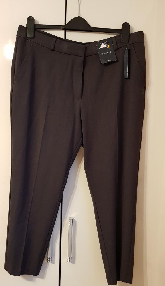 Spodnie 7 8 Mark&Spencer 44
