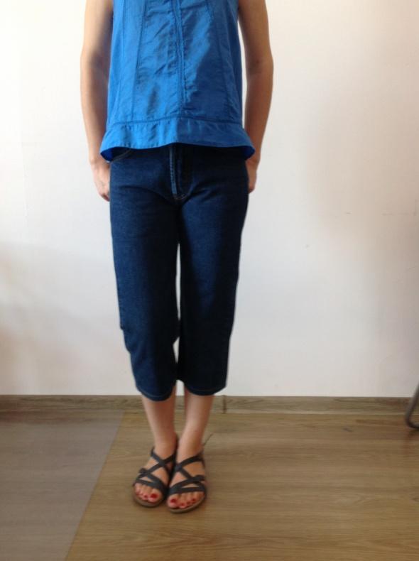 Spodnie jeansowe z wysokim stanym