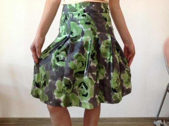 Spódnice Spódnica w graficzne wzory