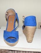 Niebieskie sandałki espadryle koturn...