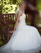 Ślubna sukienka delikatne ecru