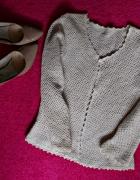 Sweterek Szydełkowany 34