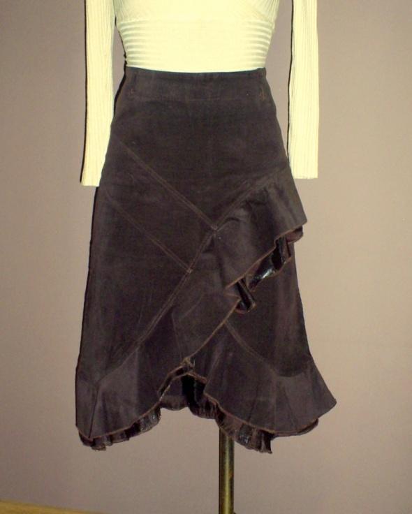 Spódnice Spódnica brązowa sztruksowa