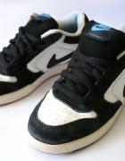 Czarno białe buty sportowe Nike Skeet JR 38 37
