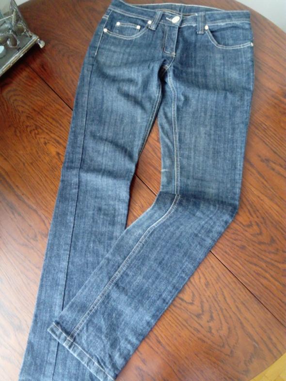 Spodnie Granatowe dżinsy prosta nogawka