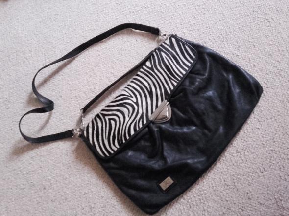 Skórzana torebka zebra duża a4