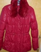 Piękna bordowa kurtka