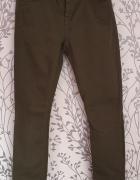 Chłopięce spodnie khaki Zara 140...