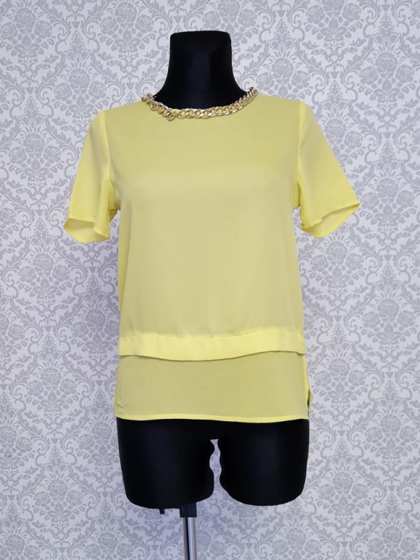 żółta bluzka z złotym łancuszkiem Ivivi