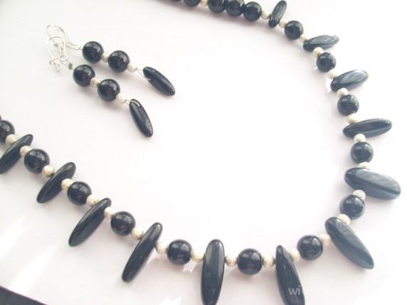 Pazurki czarnego agatu naszyjnik kolczyki
