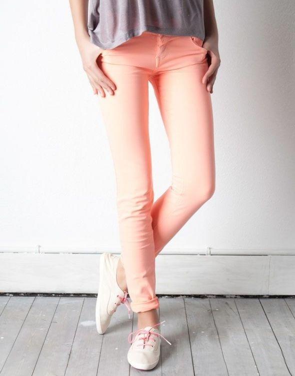 Spodnie Pull&bear morelowe neonowe rurki skinny