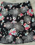 czarna spódnica kwiatki 40...