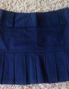 plisowana czarna spódnica 36...