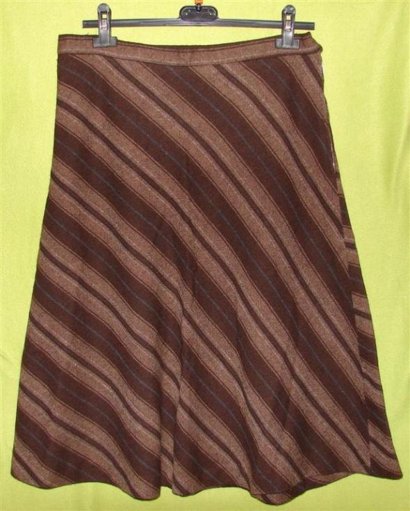 Spódnice brązowa spódnica M