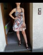 Sukienka w kwiaty pin up girl z tiulem